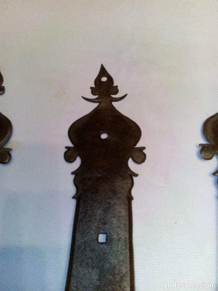 Antigüedades: BISAGRA ANTIGUA DE HIERRO FORJADO - Foto 3 - 84258864
