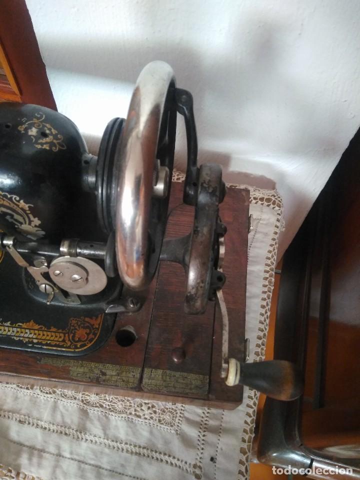 Antigüedades: MÁQUINA DE COSER NEW HOME. - Foto 3 - 84403652