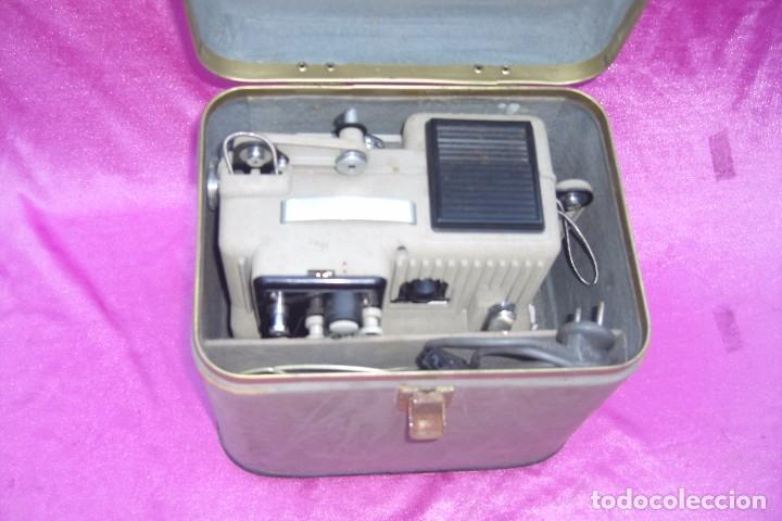 Antigüedades: PROYECTOR DE CINE EUMIG PHONOMATIC SUPER 8 MADE IN AUSTRIA - Foto 2 - 84483760