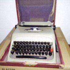 Antigüedades: MAQUINA DE ESCRIBIR OLIVETTI STUDIO 44 - AÑOS 60. Lote 84527736
