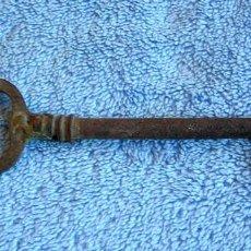 Antigüedades: LLAVE DE FORJA. Lote 84987972