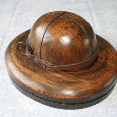 Antigüedades: HORMA DE SOMBRERERO - SOMBRERO DE EXPLORADOR , MOLDE DE MADERA. Lote 85224448
