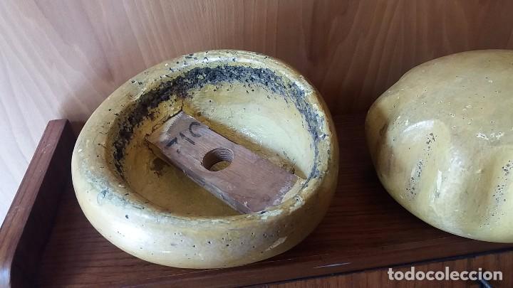 Antigüedades: Horma de sombrero 1850 artesanal en madera. Molde Matriz Formato S XIX - Foto 10 - 108025812