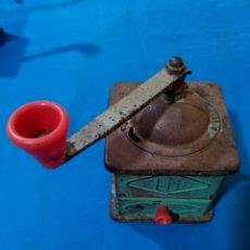 Antigüedades: ANTIGUO MOLINILLO DE LATA MARCA ELMA. Lote 85685442