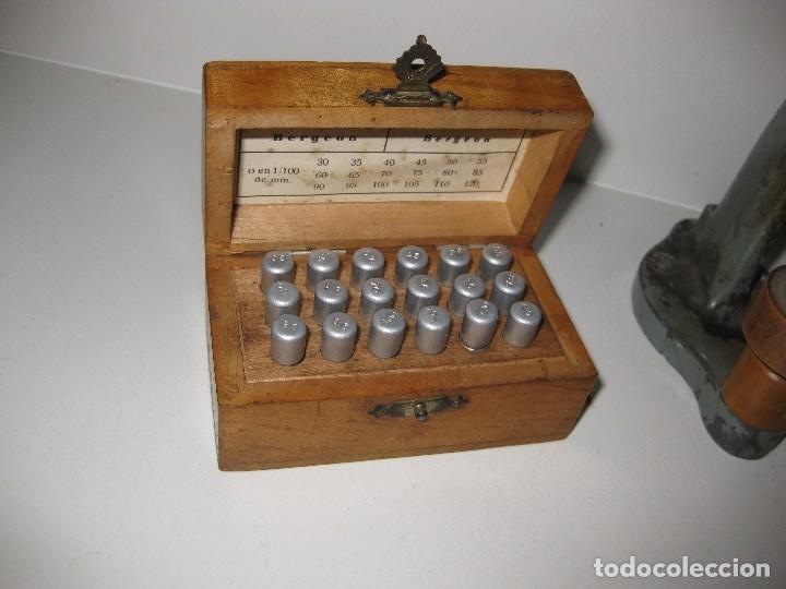 Antigüedades: caja brocas bergeon torno para cristales . optica gafas relojero optico lentes optometrista - Foto 3 - 85809720