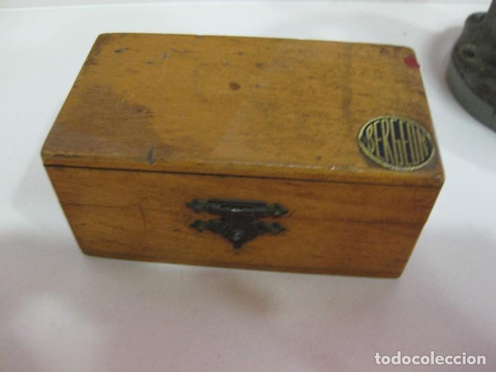 Antigüedades: caja brocas bergeon torno para cristales . optica gafas relojero optico lentes optometrista - Foto 9 - 85809720