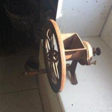 Antigüedades: MOLINO PARA PICAR PAN O MOLER GRANOS DE CAFE MARCA ALEXANDERWERK. Lote 85923652