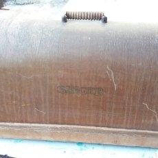 Antigüedades: TAPA DE MÁQUINA SINGER. Lote 86312331