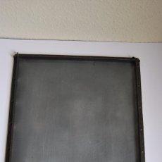 Antigüedades: BANDEJA DE IMPRENTA DE HIERRO - COMPONEDOR - RICHARD GANS FUNDICIÓN TIPOGRÁFICA - MADRID -CIRCA 1900. Lote 86396908