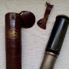 Antigüedades: ANTIGUA CALCULADORA CILINDRICA OTIS KING TELESCOPICA INGLATERRA AÑOS 30/40 CON SU FUNDA. Lote 86415790