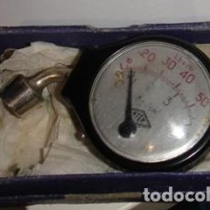 Antigüedades: ANTIGUO MEDIDOR MANÓMETRO. MARCA ATER. EN SU CAJA.. Lote 86422516