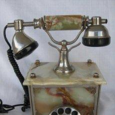 Teléfonos: TELEFONO DE JADE NATURAL E INCRUSTACIONES DE BRONCE DE GRAN PESO CON TIMBRES EXTERIORES. Lote 86723040