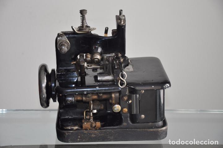 Antigüedades: ANTIGUA Y RARA MAQUINA DE COSER - VIRGINIO RIMOLDI - STELLA ZB - MACHINE SEWING - Foto 4 - 86815940