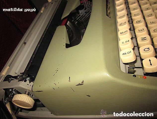 Antigüedades: Máquina de escribir Maritsa 12 Made in Bulgaria tonos verdes con estuche original - Foto 5 - 86823212