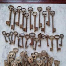 Antigüedades: LOTE DE 56 LLAVES ANTIGUAS.. Lote 87062276