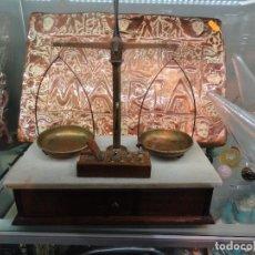 Antigüedades: BALANZA COMPLETA. Lote 87185552