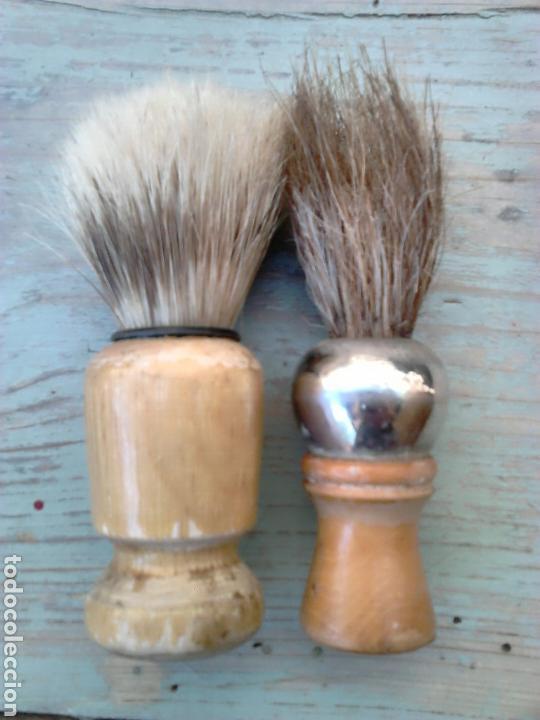 LOTE 2 VIEJAS BROCHAS DE AFEITAR,IDEAL COLECCIONISTAS, VER (Antigüedades - Técnicas - Barbería - Varios Barbería Antiguas)