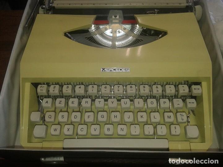 MAQUINA DE ESCRIBIR MERCEDES FRANCESA CON FUNDA Y GOMA SALVAPAPEL (Antigüedades - Técnicas - Máquinas de Escribir Antiguas - Mercedes)