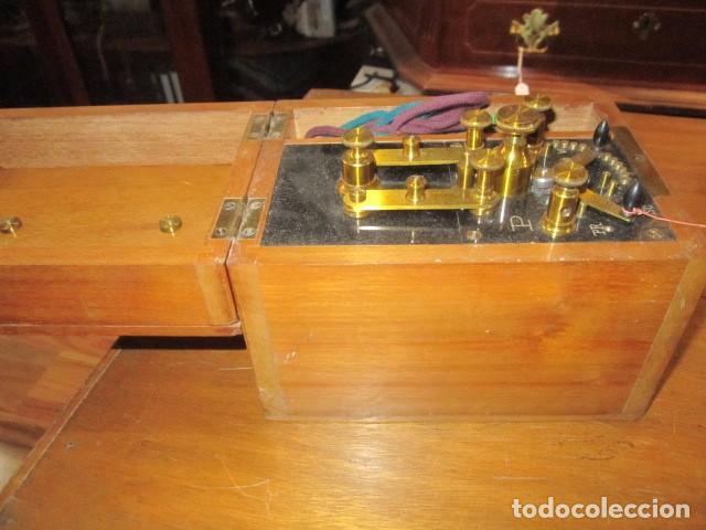Antigüedades: Antiguo aparato médico para dar corrientes. 12 x 16 x 13 cms. altura. - Foto 6 - 87321840