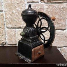 Antigüedades: ANTIGUO MOLINILLO DE CAFE, MARCA ORIGINAL, PATENTADO, FUNCIONA. TAL CUAL SE VE.. Lote 87579420