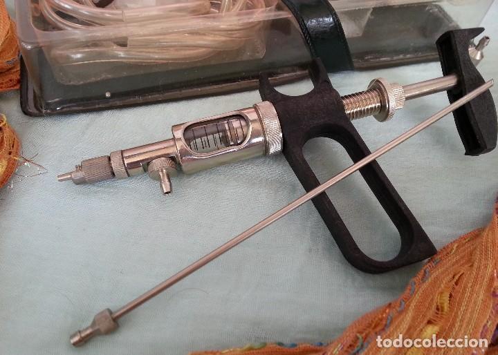 Antigüedades: JERINGA MÉDICA AUTOMÁTICA. AÑOS 80. ORIGEN BÚLGARO. OLD SYRINGE: - Foto 2 - 87593800