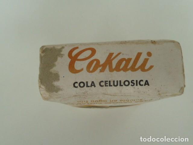 Antigüedades: PAQUETE DE COLA CELULOSICA PARA PAPELES PINTADOS AÑOS 70 - Foto 3 - 87677664