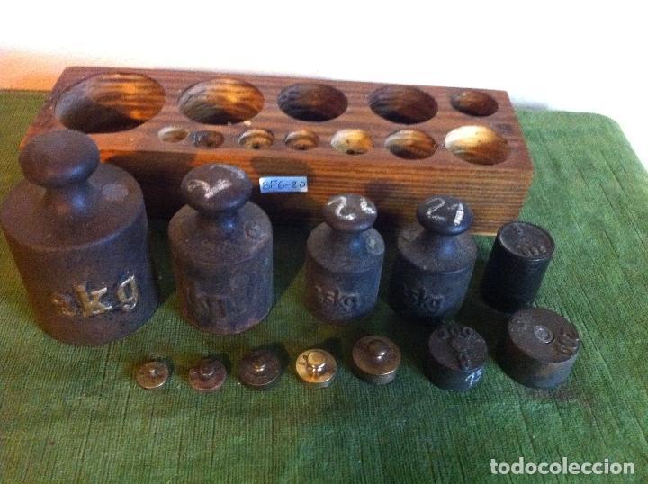 Antigüedades: EXTRAORDINARIO JUEGO DE 12 ANTIGUAS PESAS DE HIERRO Y BRONCE DESDE 5 g HASTA 2000 g (P04) - Foto 4 - 87684492