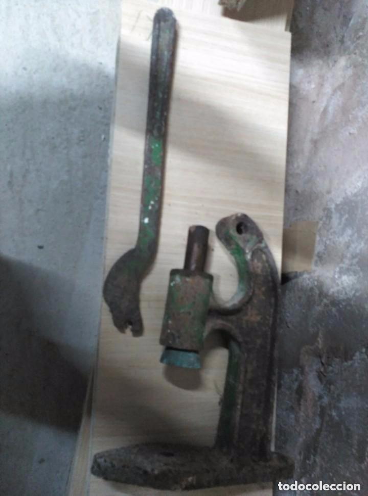 Antigüedades: Prensa de hierro - Foto 2 - 87733852