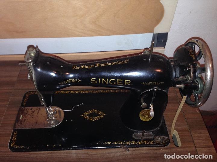 MÁQUINA SINGER DE COSER CON MUEBLE COSTURERO (Antigüedades - Técnicas - Máquinas de Coser Antiguas - Singer)