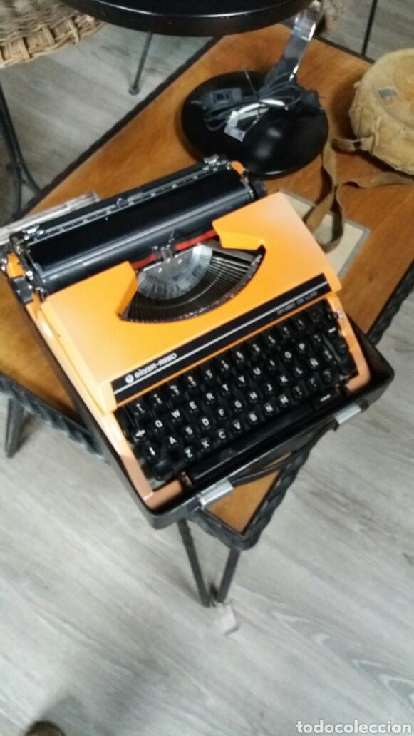 MAQUINA DE ESCRIBIR SILVER REED (Antigüedades - Técnicas - Máquinas de Escribir Antiguas - Otras)