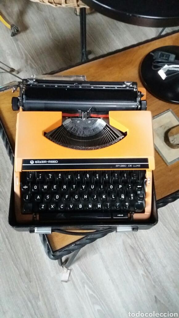 Antigüedades: Maquina de escribir silver reed - Foto 2 - 88260119