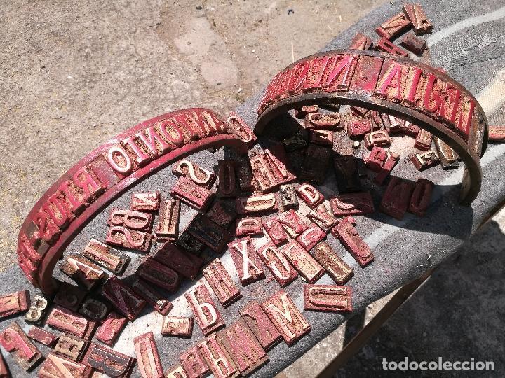 TROQUELES DE ESTAMPACION ESTAMPAR LOGO CAJAS DE MADERA -2 JUEGOS COMPLETOS -FLIX--TARRAGONA-REF-PEÑ1 (Antigüedades - Técnicas - Herramientas Antiguas - Otras profesiones)