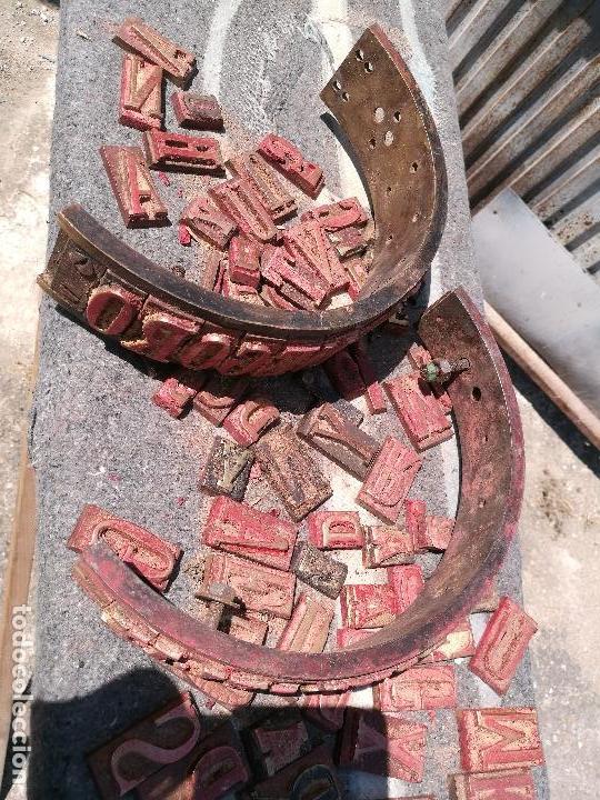Antigüedades: TROQUELES DE ESTAMPACION ESTAMPAR LOGO CAJAS DE MADERA -2 JUEGOS COMPLETOS -FLIX--TARRAGONA-REF-PEÑ1 - Foto 5 - 88755264