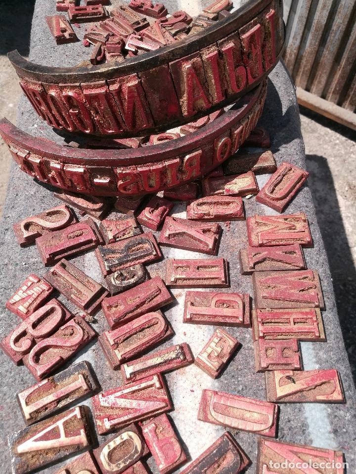 Antigüedades: TROQUELES DE ESTAMPACION ESTAMPAR LOGO CAJAS DE MADERA -2 JUEGOS COMPLETOS -FLIX--TARRAGONA-REF-PEÑ1 - Foto 7 - 88755264