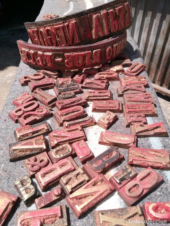 Antigüedades: TROQUELES DE ESTAMPACION ESTAMPAR LOGO CAJAS DE MADERA -2 JUEGOS COMPLETOS -FLIX--TARRAGONA-REF-PEÑ1 - Foto 8 - 88755264