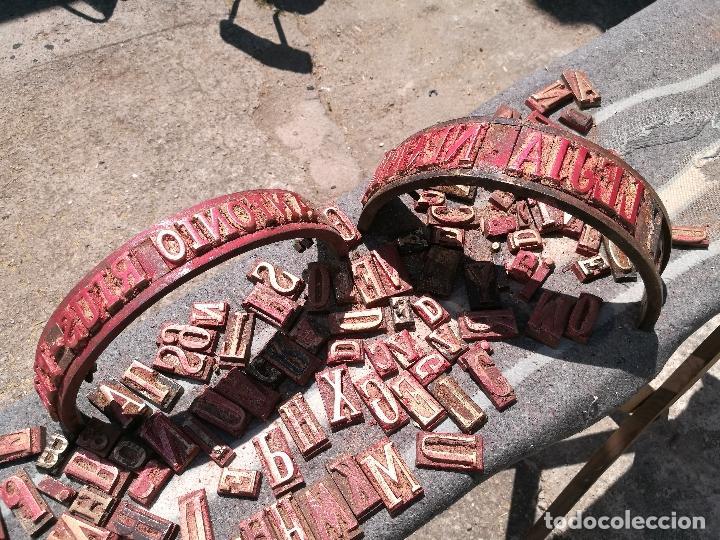 Antigüedades: TROQUELES DE ESTAMPACION ESTAMPAR LOGO CAJAS DE MADERA -2 JUEGOS COMPLETOS -FLIX--TARRAGONA-REF-PEÑ1 - Foto 11 - 88755264
