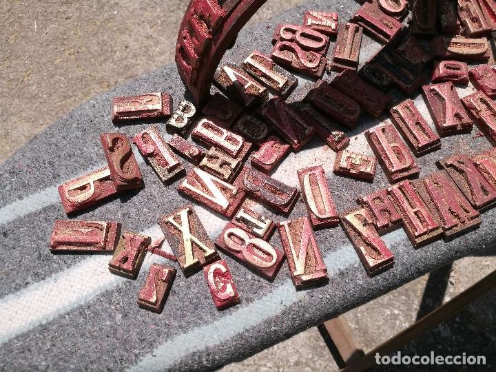 Antigüedades: TROQUELES DE ESTAMPACION ESTAMPAR LOGO CAJAS DE MADERA -2 JUEGOS COMPLETOS -FLIX--TARRAGONA-REF-PEÑ1 - Foto 12 - 88755264