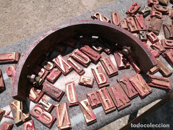Antigüedades: TROQUELES DE ESTAMPACION ESTAMPAR LOGO CAJAS DE MADERA -2 JUEGOS COMPLETOS -FLIX--TARRAGONA-REF-PEÑ1 - Foto 13 - 88755264
