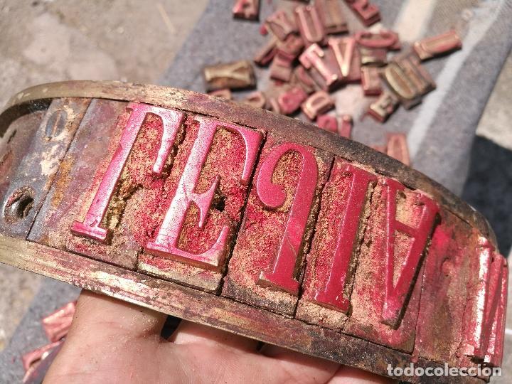 Antigüedades: TROQUELES DE ESTAMPACION ESTAMPAR LOGO CAJAS DE MADERA -2 JUEGOS COMPLETOS -FLIX--TARRAGONA-REF-PEÑ1 - Foto 17 - 88755264