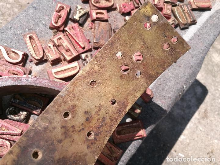 Antigüedades: TROQUELES DE ESTAMPACION ESTAMPAR LOGO CAJAS DE MADERA -2 JUEGOS COMPLETOS -FLIX--TARRAGONA-REF-PEÑ1 - Foto 20 - 88755264
