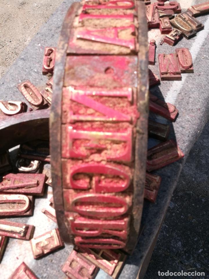 Antigüedades: TROQUELES DE ESTAMPACION ESTAMPAR LOGO CAJAS DE MADERA -2 JUEGOS COMPLETOS -FLIX--TARRAGONA-REF-PEÑ1 - Foto 22 - 88755264
