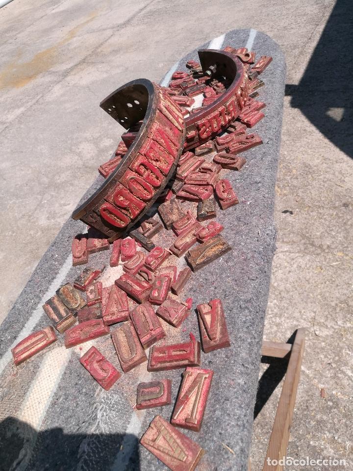 Antigüedades: TROQUELES DE ESTAMPACION ESTAMPAR LOGO CAJAS DE MADERA -2 JUEGOS COMPLETOS -FLIX--TARRAGONA-REF-PEÑ1 - Foto 25 - 88755264