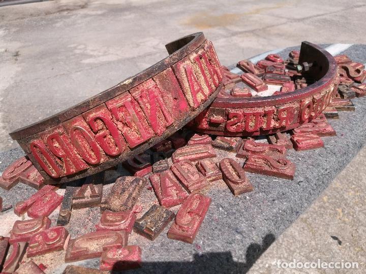 Antigüedades: TROQUELES DE ESTAMPACION ESTAMPAR LOGO CAJAS DE MADERA -2 JUEGOS COMPLETOS -FLIX--TARRAGONA-REF-PEÑ1 - Foto 26 - 88755264