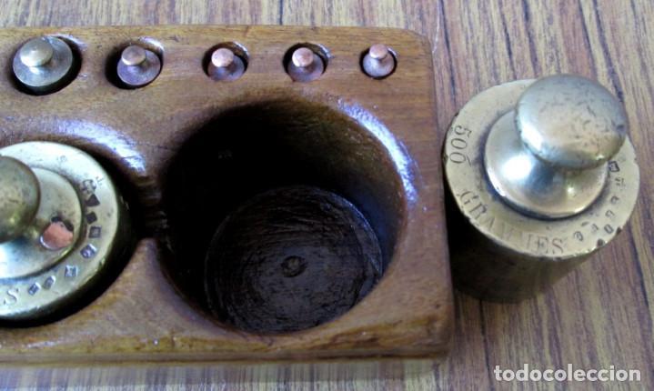 Antigüedades: JUEGO DE PESAS completo -- Esta en perfecto estado - Foto 5 - 88766660