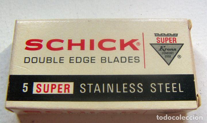 DISPENSADOR-SCHICK SUPER STAINLESS STEEL,CON HOJAS DE AFEITAR. (Antigüedades - Técnicas - Barbería - Hojas de Afeitar Antiguas)