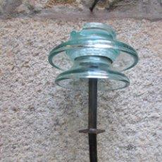 Antigüedades: ANTIGUO AISLADOR ELECTRICO - 4.6KG 40CM ALTO, LIMPIO INCLUSO ESPARRAGO DE ANCLAJE + INFO . Lote 89103112