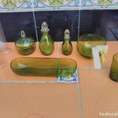Antigüedades: LOTE RECIPIENTES FARMACIA O LABORATORIO DE CRISTAL. Lote 89277936