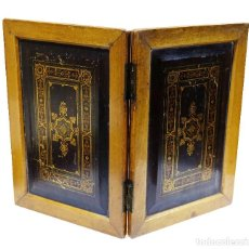 Antigüedades: 1890C PIZARRA DE BOLSILLO EN MADERA ALEMANA CON BELLÍSIMAS CUBIERTAS. Lote 89548304