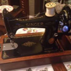 Antigüedades: SINGER MODELO 99K Y ACCESORIOS, AÑO1933 - REF-024BE. Lote 89583116