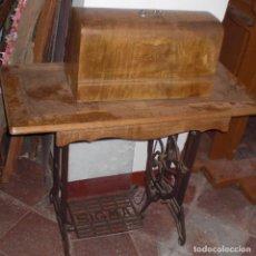 Antigüedades: MAQUINA DE COSER SIGMA CON MESA . Lote 89654924